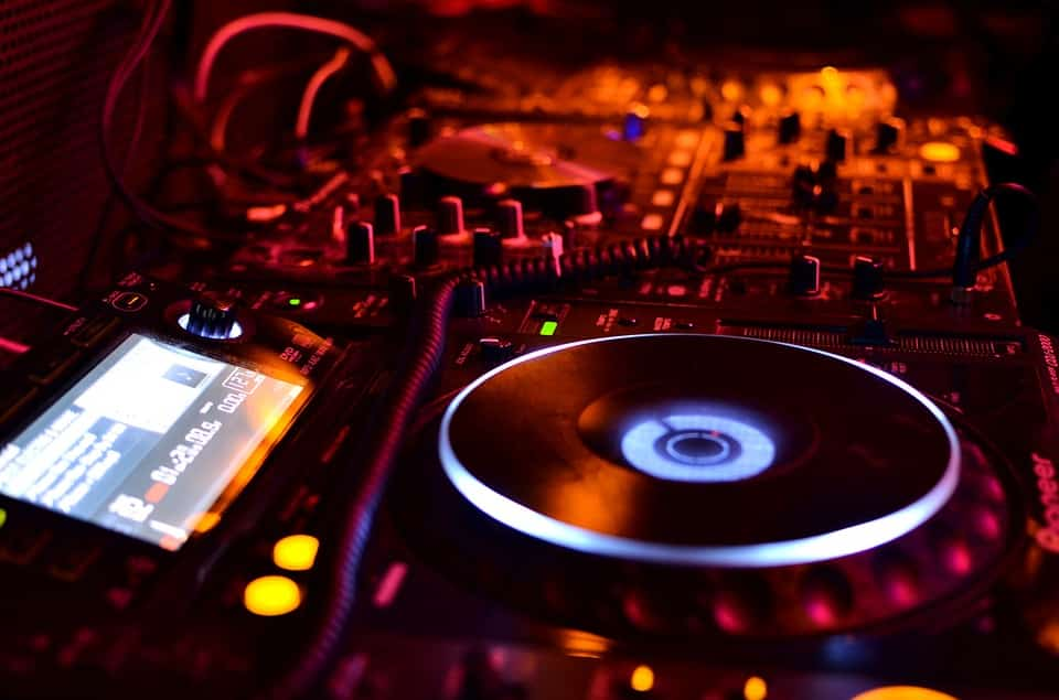 become a dj and make money