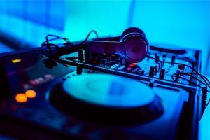 Do You Need a Mixer with a DJ Controller?